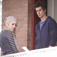 Emma Stone y Andrew Garfield en el set de 'The amazing Spider-Man'