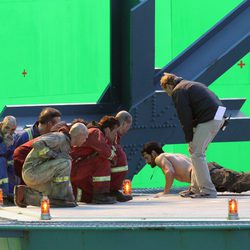 Henry Cavill hace flexiones en el set de 'Man of Steel'
