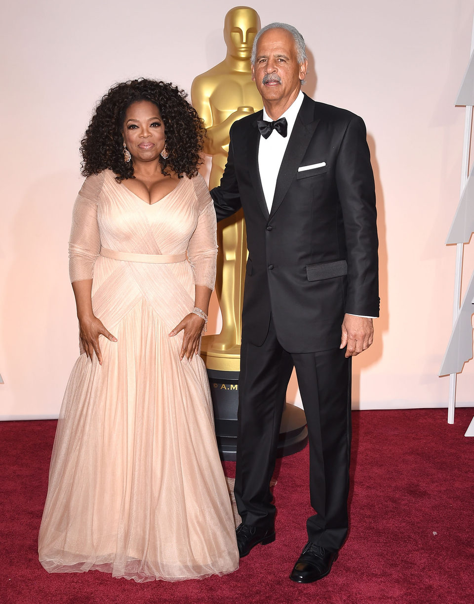 Oprah Winfrey and her husband poss in the Oscar 2015 red ...