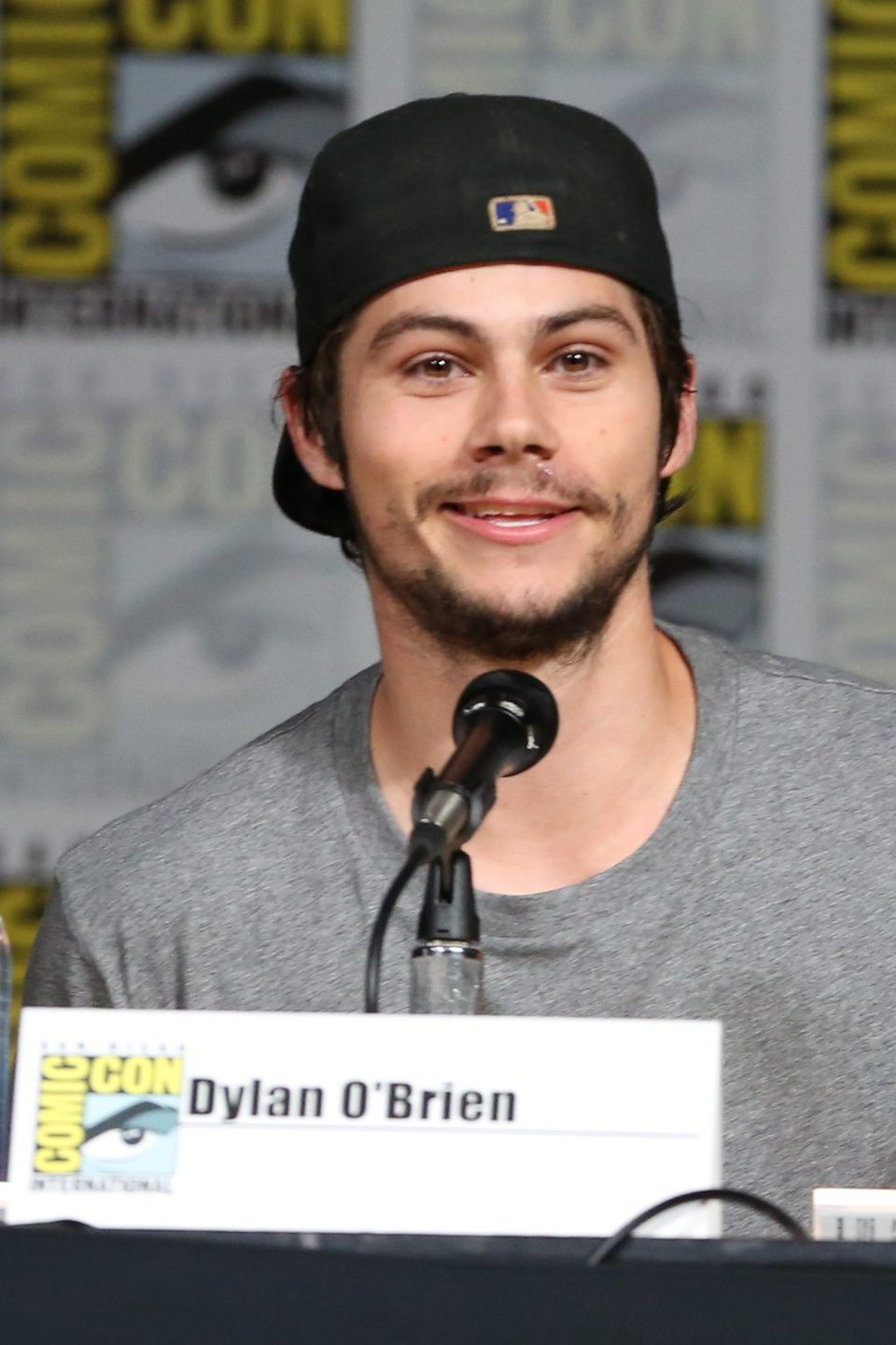 Dylan O Brien At The Comic Con 2015 Photos At Movie N Co