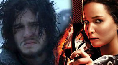 ¿Jennifer Lawrence intentando matar a Jon Nieve?