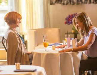 Julia Roberts y Jennifer Aniston, protagonistas del primer tráiler de 'Mother's Day'