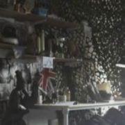 Tom Hardy desnudo en una escena del corto 'Sergeant Slaughter, My Big Brother'