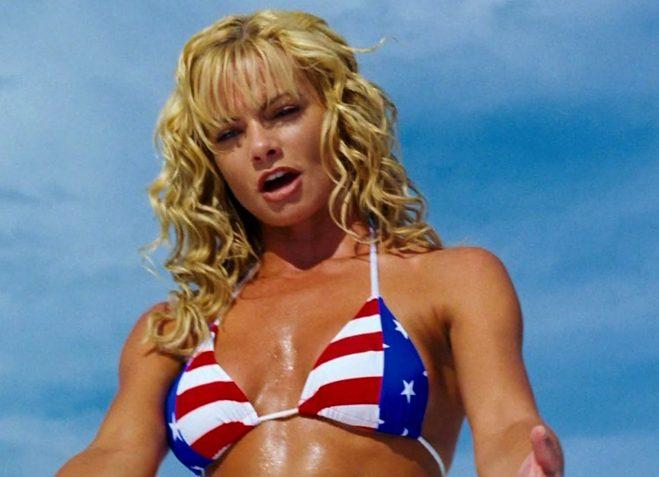 Jaime Pressly En Bikini En Una Escena De La Adaptación De Doa Dead