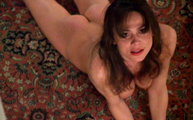 Lena Olin desnuda en una escena de 'La insoportable levedad del ser'