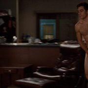 Jake Gyllenhaal desnudo en una escena de 'Amor y otras drogas'