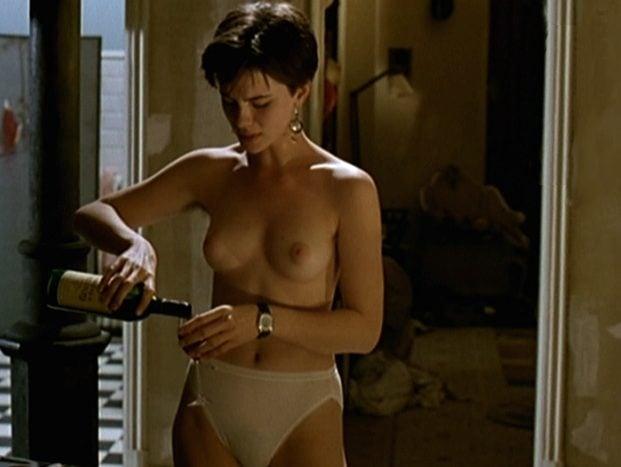 Angie Everhart, Todas Las Escenas De Sexo - esbiguznet