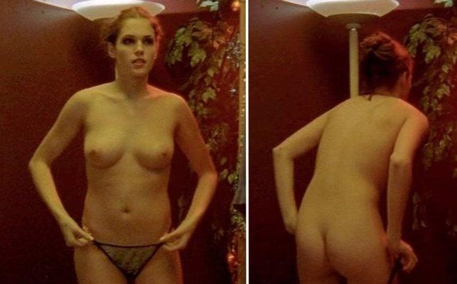 Amanda Righetti Se Desnuda En Angel Blade En Ecartelera