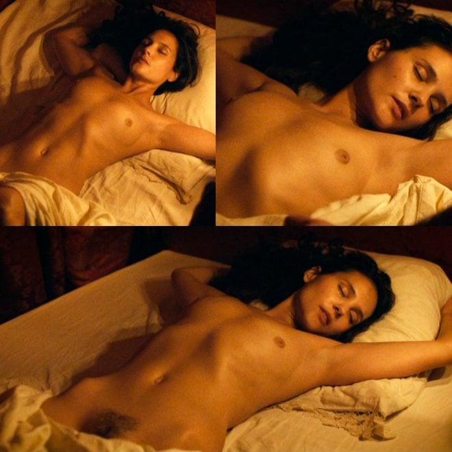 Virginie Ledoyen Nude
