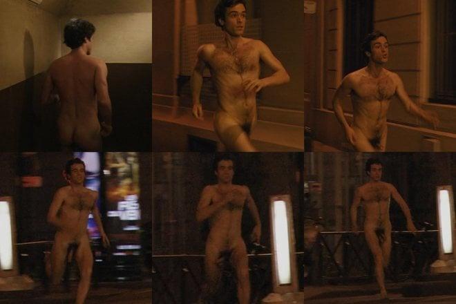 Romain Duris, completamente desnudo, enseña el pene en 'Las muñecas rusas'