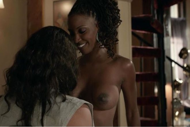 Shanola Hampton with naked chest in 'Shameless'
