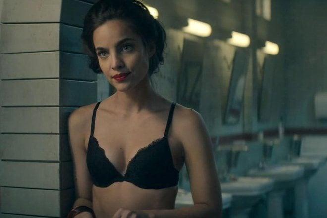 María Gabriela de Faría so sexy in 'Deadly Class'