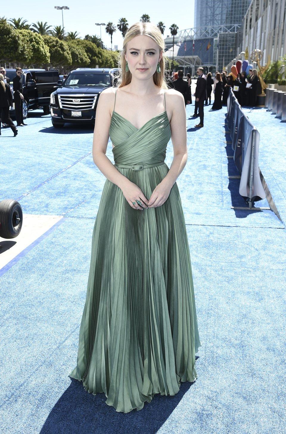 Dakota Fanning en los Emmy 2018