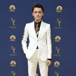 Noah Schnapp en la alfombra roja de los Emmy 2018