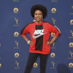 Jenifer Lewis en la alfombra roja de los Emmy 2018