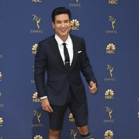 Mario Lopez en la alfombra roja de los Emmy 2018