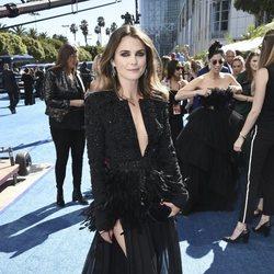 Keri Russell en la alfombra roja en los Emmy 2018