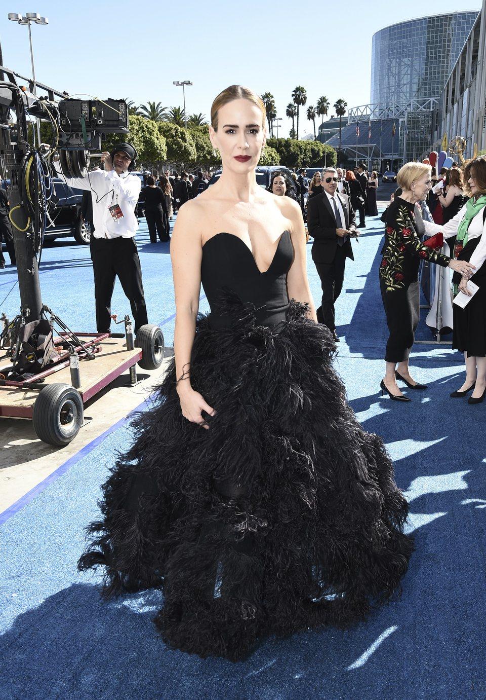 Sarah Paulson en la alfombra roja de los Emmy 2018
