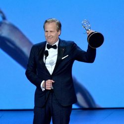Jeff Daniels, Emmy a Mejor actor de reparto de una miniserie por 'Godless'