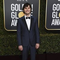 Evan Peters on the red carpet at the Golden Globes 2019