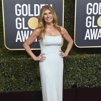Connie Britton on the red carpet at the Golden Globes 2019