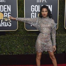 Indya Moore en la alfombra roja de los Globos de Oro 2019