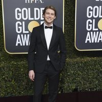 Joe Alwyn on the red carpet at the Golden Globes 2019