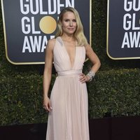 Kristen Bell en la alfombra roja de los Globos de Oro de 2019