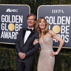 William H. Macy y Felicity Huffman en la alfombra roja de los Globos de Oro 2019