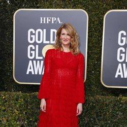 Laura Dern en la alfombra roja de los Globos de Oro 2019