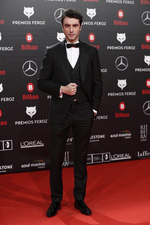 Javier Rey en la alfombra roja de los Premios Feroz 2019
