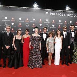 Equipo de 'Arde Madrid' en la alfombra roja de los Premios Feroz 2019