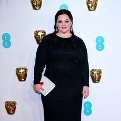 Melissa McCarthy en la alfombra roja de los BAFTA 2019