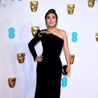 Salma Hayek en la alfombra roja de los BAFTA 2019