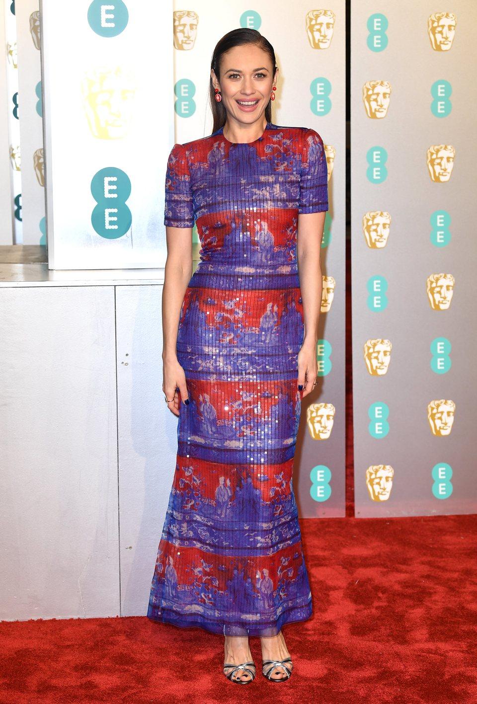 Olga Kurylenko en la alfombra roja de los BAFTA 2019