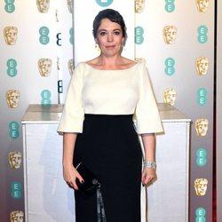 Olivia Colman en la alfombra roja de los BAFTA 2019