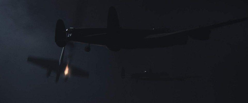 Lancaster Skies, fotograma 10 de 13