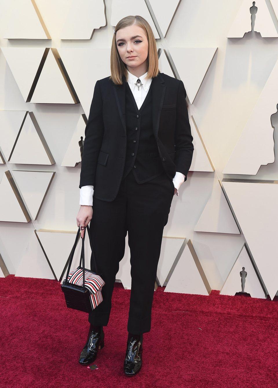 Elsie Fisher en la alfombra roja de los Oscar 2019