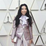 Awkwafina en la alfombra roja de los Oscar 2019