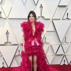 Linda Cardellini en la alfombra roja de los Oscar 2019