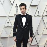 Mark Ronson en la alfombra roja de los Oscar 2019