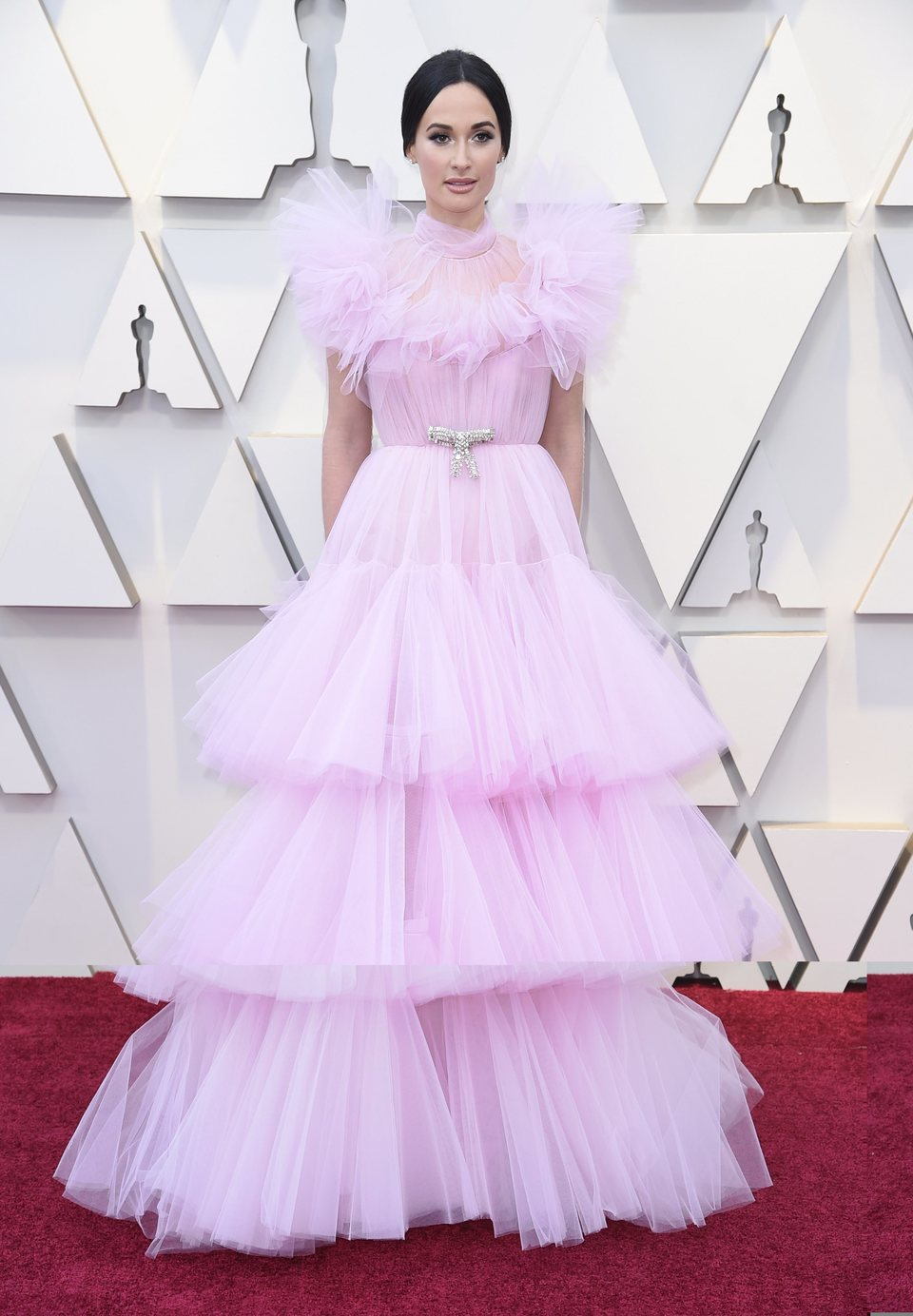 Kacey Musgraves on the red carpet at the 2019 Oscars