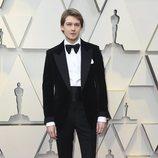 Joe Alwyn en la alfombra roja de los Oscar 2019