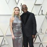 Brie Larson y Samuel L. Jackson en la alfombra roja de los Oscar 2019