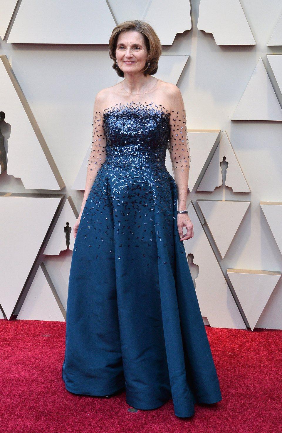 Deborah Davis en la alfombra roja de los Oscar 2019
