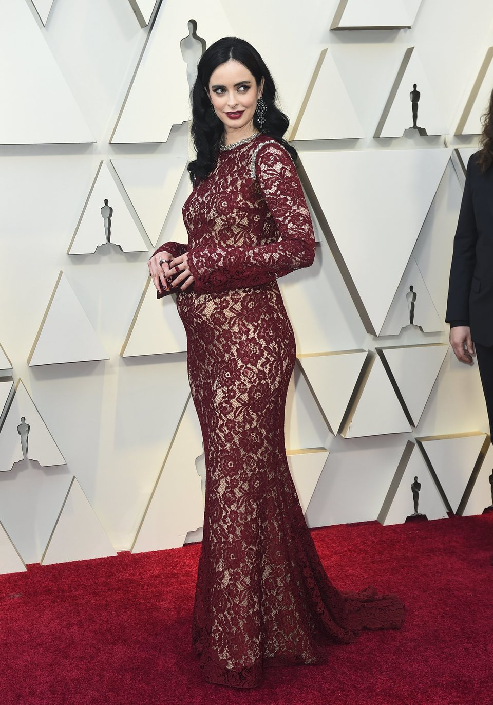 Krysten Ritter on the red carpet at the Oscars 2019