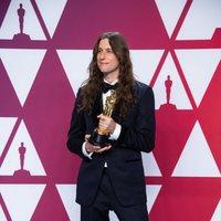 El ganador del Oscar a mejor banda sonora por 'Black Panther' posa con su Oscar