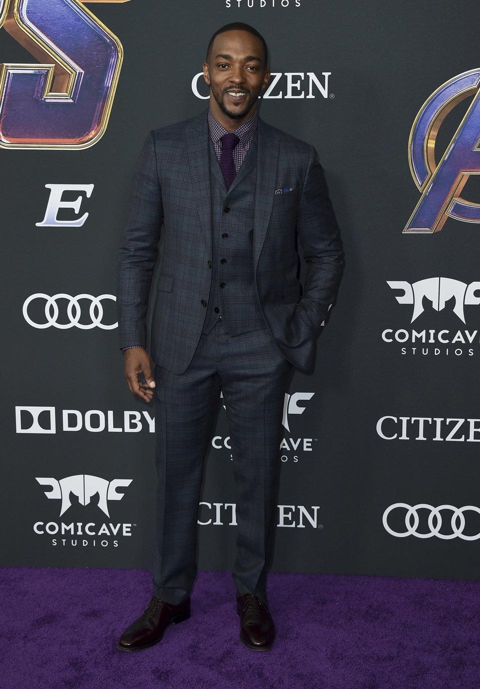 Anthony Mackie en la alfombra roja de 'Vengadores: Endgame'