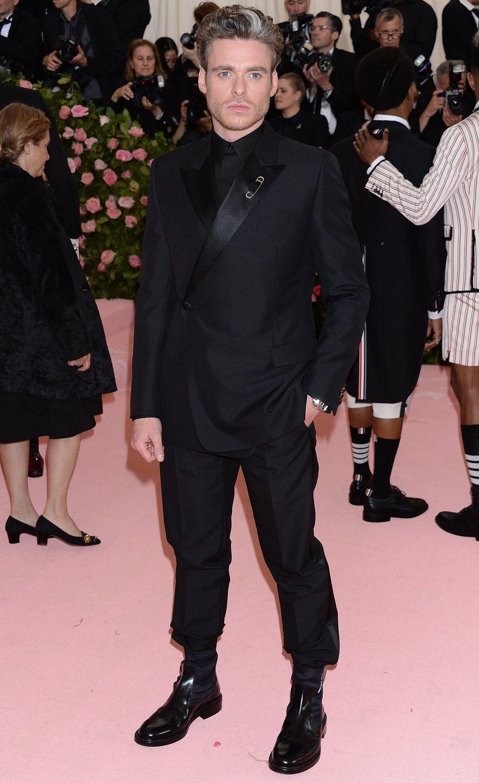 Richard Madden en la Gala del Met 2019