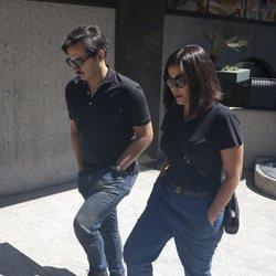 Alberto y Laura Caballero acuden al tanatorio por la muerte de Eduardo Gómez